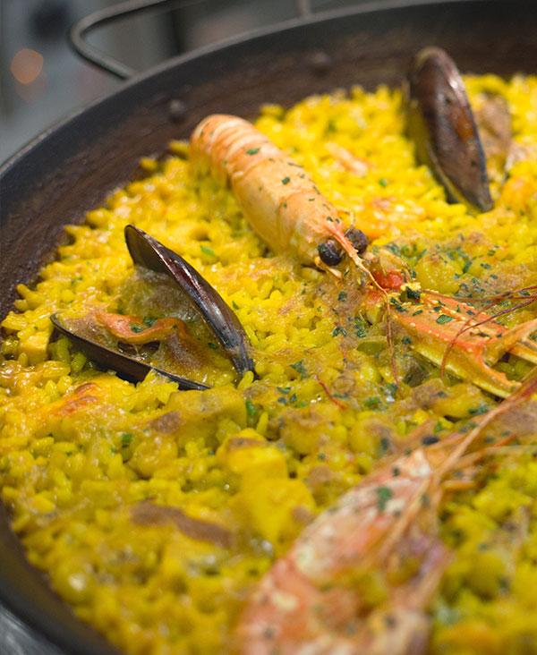 inicio-paella-restaurante-navarro-cocina-mediterranea-centro-valencia-7